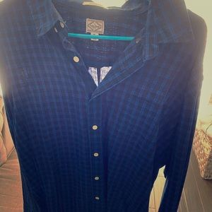 Men's plaid long sleeve button up
